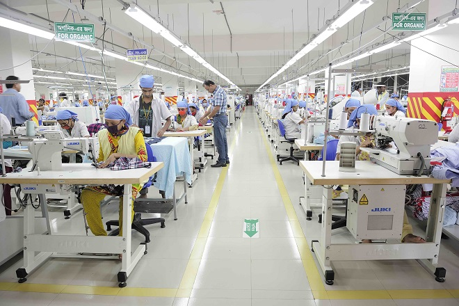 status of apparel manufacturing smes in Government policy and strategy for sme development  smes - definition 3  smes in the manufacturing sector • textile and apparel industry.