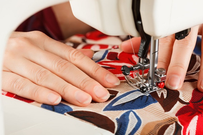 How to Choose Needle Size in Garment
