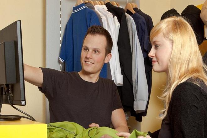 Qualities of a Fashion Merchandiser